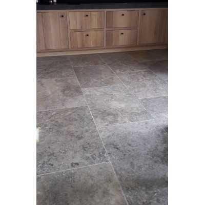 Silver travertin 40,6x61